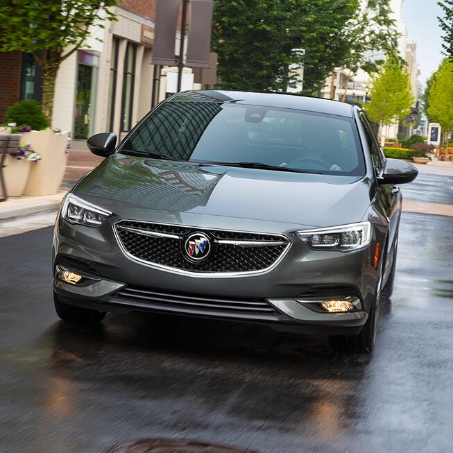 Front exterior profile of the Buick Regal Avenir.