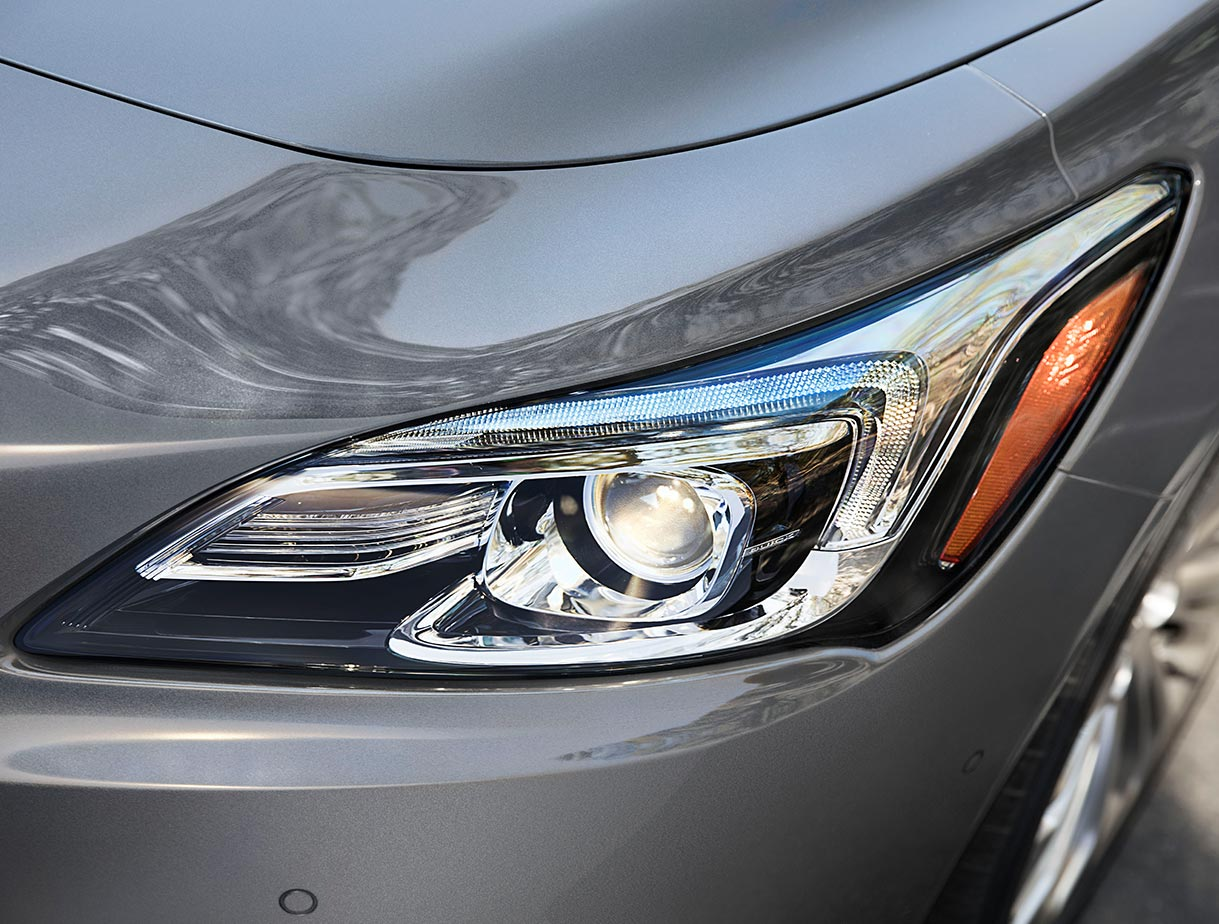 Buick LaCrosse's High-Intensity Discharge xenon headlamps with signature LED daytime running lamps.
