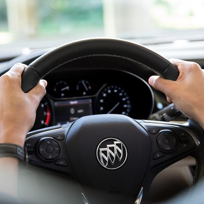 The Regal Sportback mid-size luxury sedan's steering wheel.