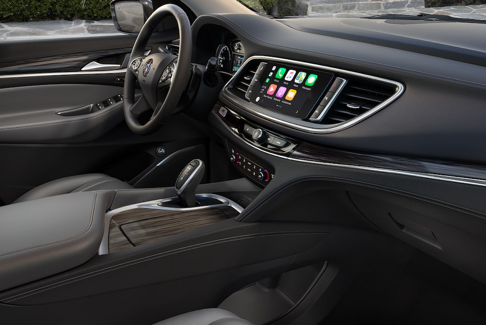 2020 Buick Enclave Apple CarPlay.