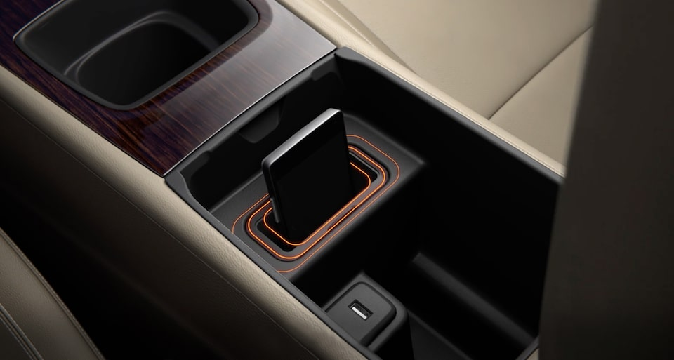 2020 Buick Regal Sportback technology: available wireless charging mat.
