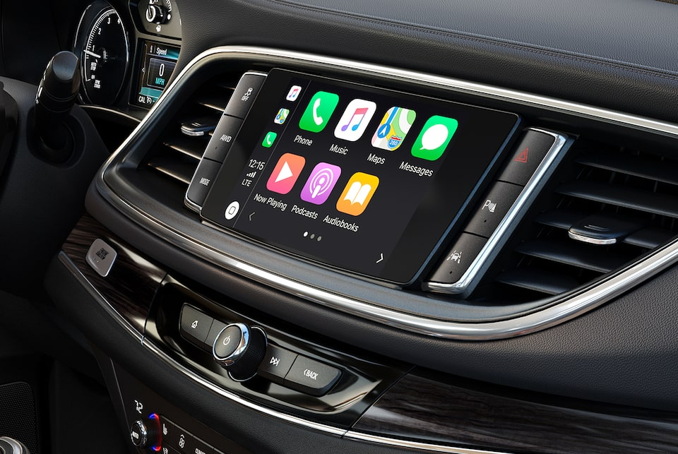 2021 Buick Enclave Apple CarPlay.