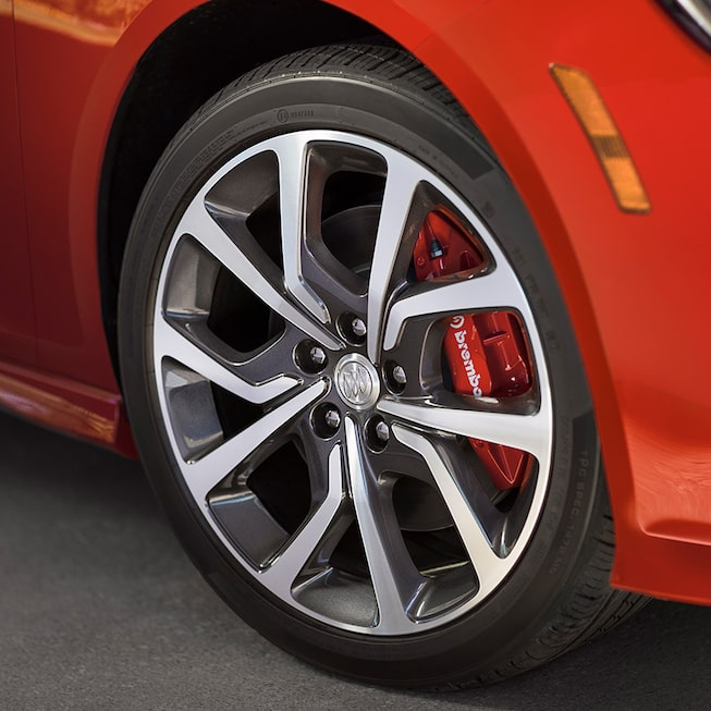 Buick Regal GS's Exclusive 19-Inch Aluminum Wheels With Technical Grey Gloss Finish.